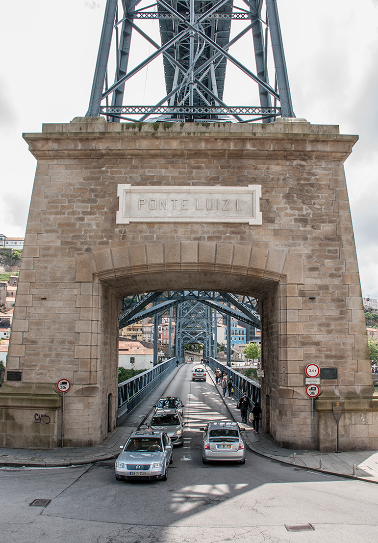 The lower deck of the Ponte D. Luís bridge carries two-way road traffic across the Douro
