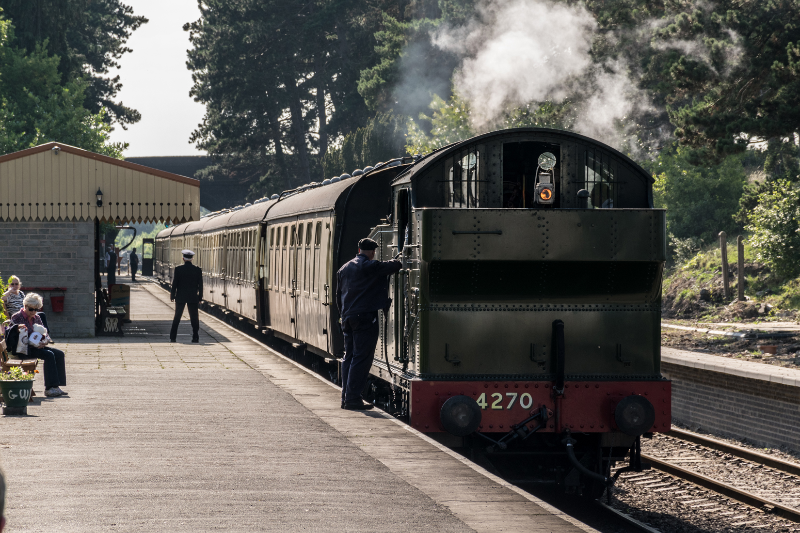 4270 and its train wait for the guard's send off